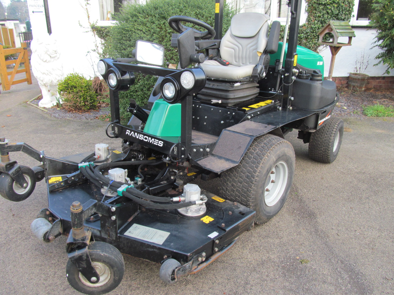 Ransomes Outfront Hr300t Rotary Mower Etc Grass Machinery