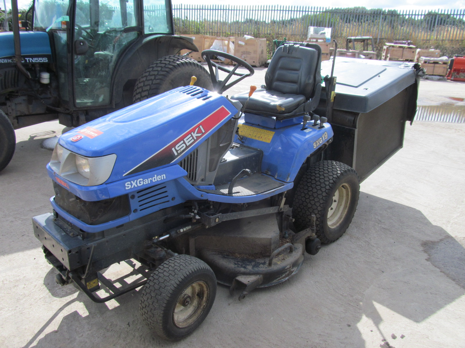 iseki sxg 19 rotary mower etc grass machinery. Black Bedroom Furniture Sets. Home Design Ideas
